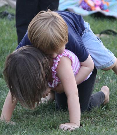 Pomozite detetu da stekne prijatelje i izgradi društveni život
