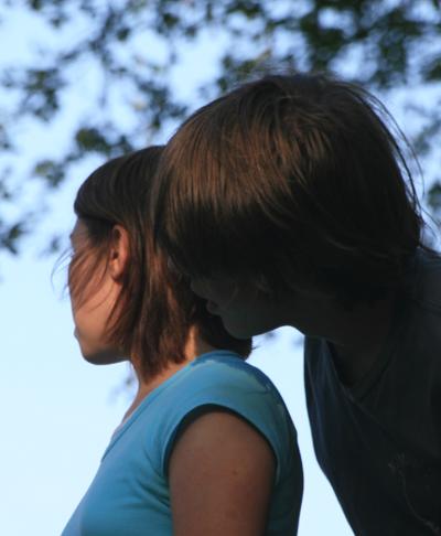 Prva ljubav vašeg tinejdžera - pripremite savete!