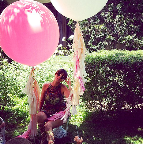 Kortni Kardašijan sa balonima