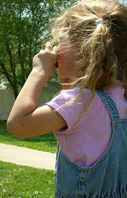 Kako očistiti žvakaću gumu iz dečije kose ?