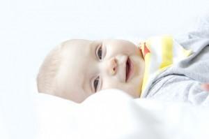 Kada beba počinje da se smeje