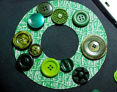 Venac od dugmića