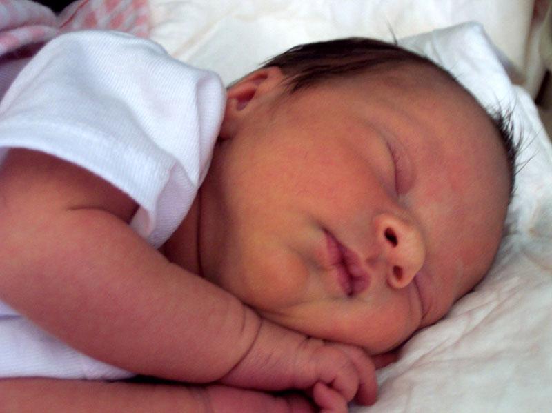 Nos i uši Vaše bebe treba očistiti posle svakog kupanja