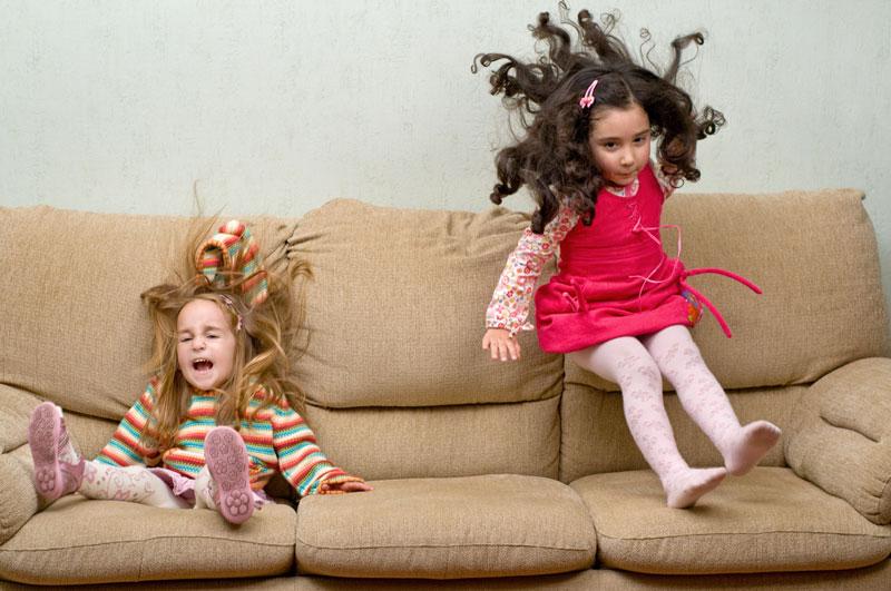 Deca obično sama smisle interesantnu igru... :)