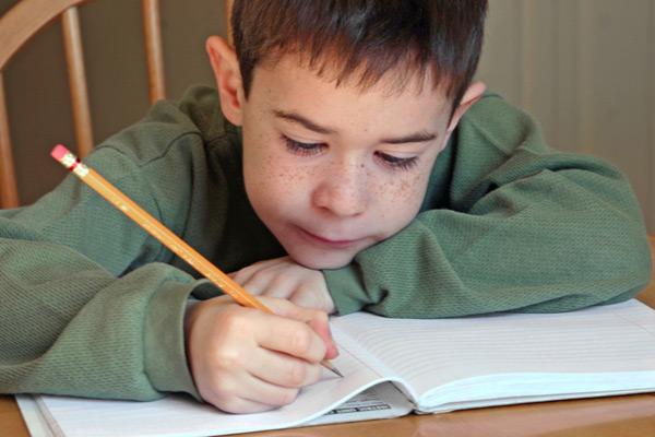 Domaći zadatak, pomoć deci u nekoliko koraka