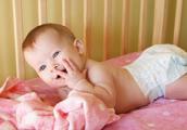 Prvi osmeh kod beba